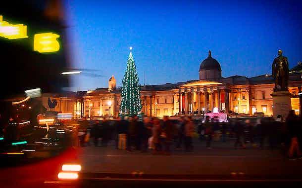 diciembre en trafalgar square londres navidad