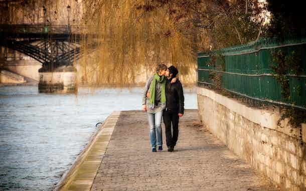 enamorados paris ciudad del amor